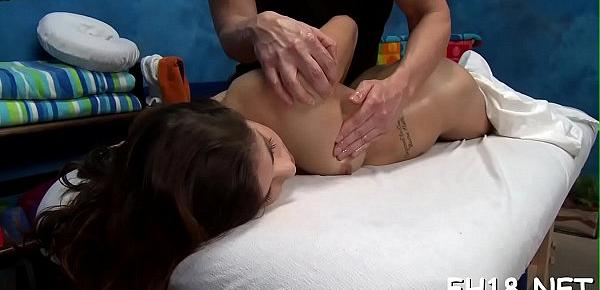Babe with a ideal ass fucked by massage therapist