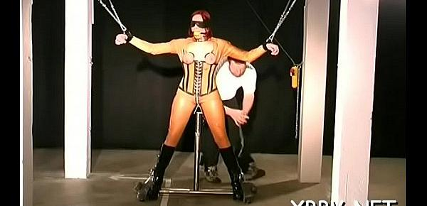 Tits torture and cookie bdsm toying for woman in heats