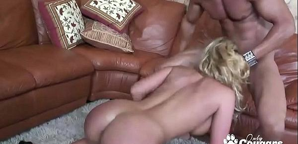 Phoenix Marie Getting Down & Dirty On A Hard Dong