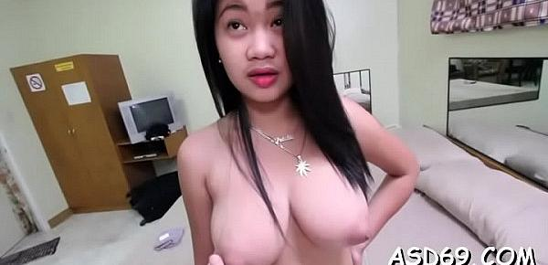 Dildo thai girl fucks the