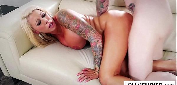 Hot tattoed MIlf gets some serious fucking!