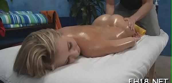 Baby gives a head and gets her wet pussy licked