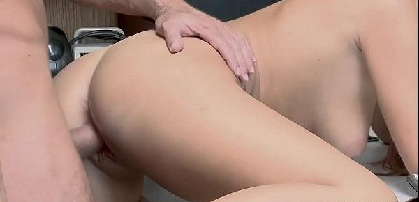 Shoplyfter Scarlett gets fucked with her legs up!