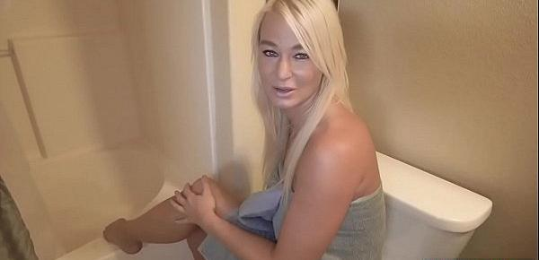 After showering MILF stepmom cleans stepsons cock too