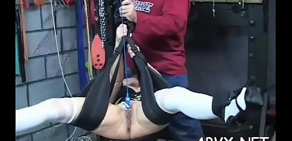 Nasty spanking and sex in non-professional bondage video