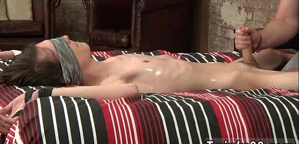 Gay men ass fingering sex photos Slippery Cum Gushing Elijah