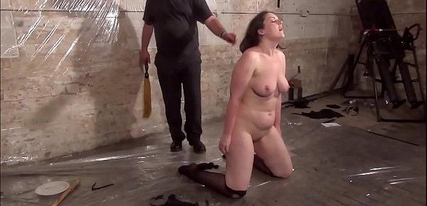 Dark amateur slave girl Nikohls bizarre humiliation and candle wax bdsm