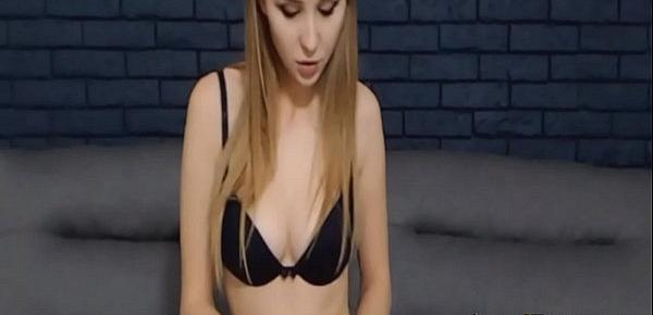 Sexy Wild Babe Having a Masturbation Show on Vpornlive.com