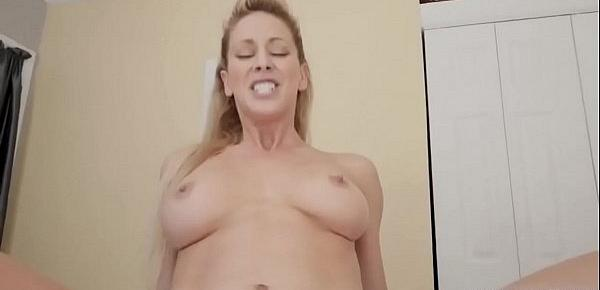 Big tit blonde milf casting couch Stepboss&039;s son was not satisfied