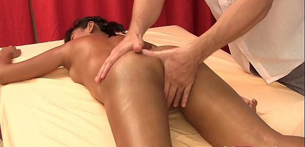 Simple massage results in hardcore sex for Thai girl