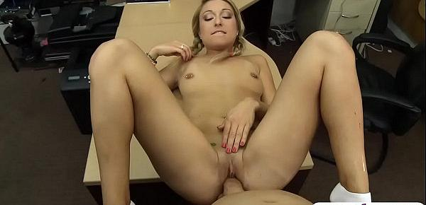 Small breasts blondie railed by pawn man