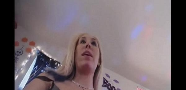 Horny squirting porno