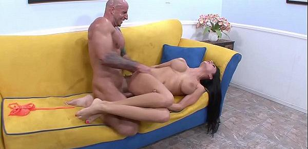 Hot Brunette With Huge Tits Got So Horny From The Sexy Feet Licking