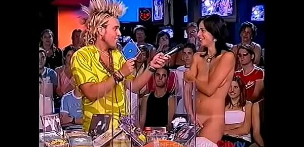 enf-cmnf-oon-shy-exhibitionist-video-two-naked-women-cover-themselves-with-hands-on-tv-show