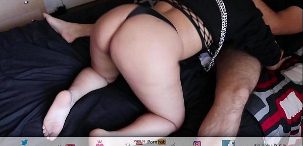 Getting Head From Skate Shop Girl In Her Chains & Sexy Thong ( Big Booty )